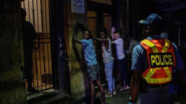 Coronavirus: South Africa reports first deaths as lockdown begins