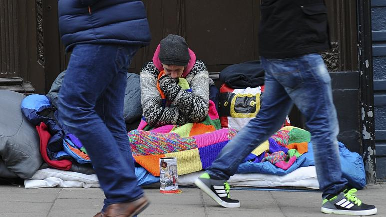 Coronavirus: London books 300 hotel rooms for the homeless to self-isolate