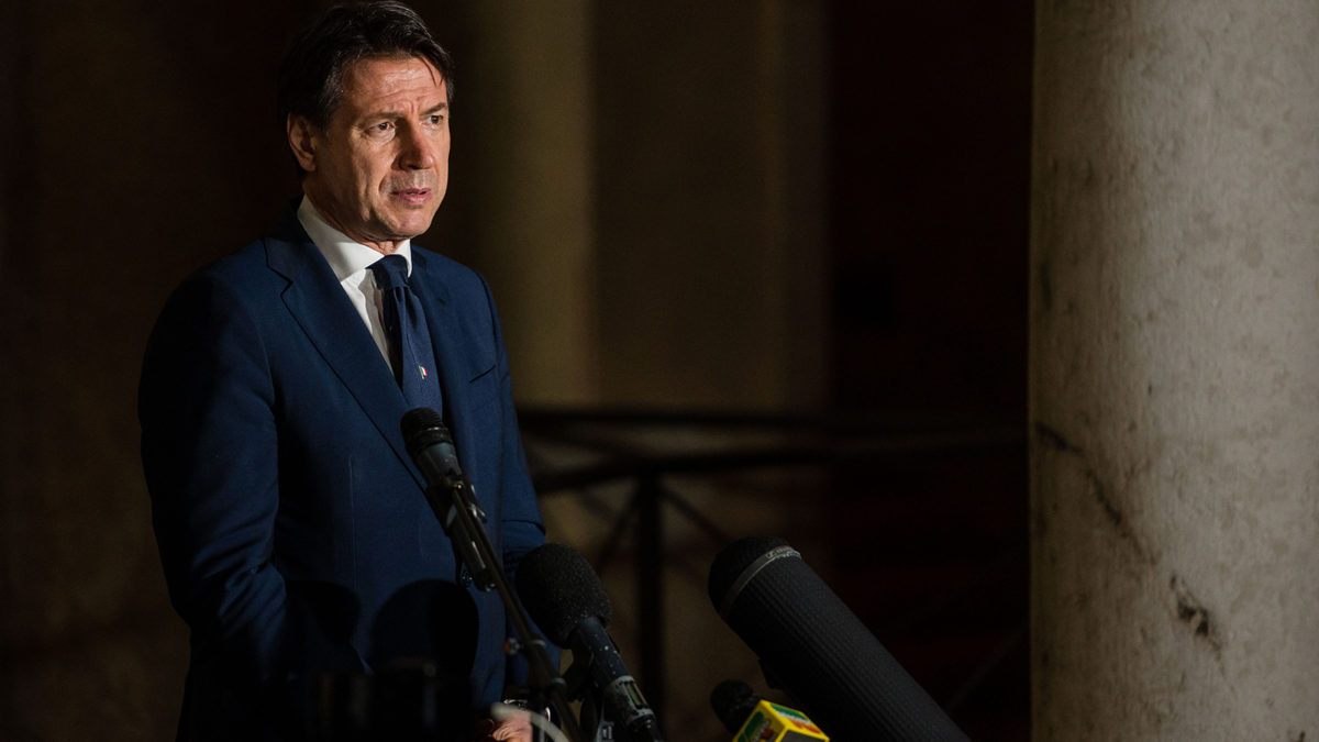 Italian Prime Minister threatens to leave the EU if tourism green corridors go ahead