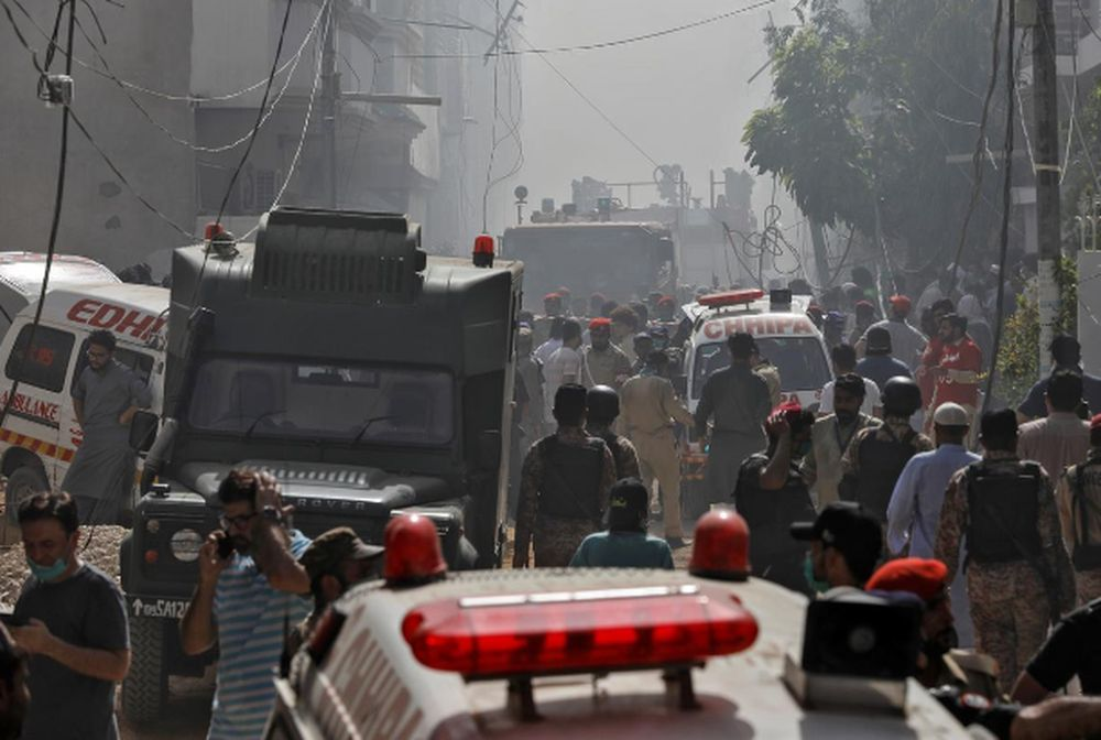 Pakistan plane crash: 'All I could see was fire'
