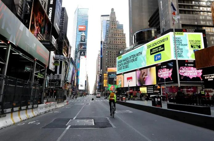 NYC is now the worst place to do business, retailers say