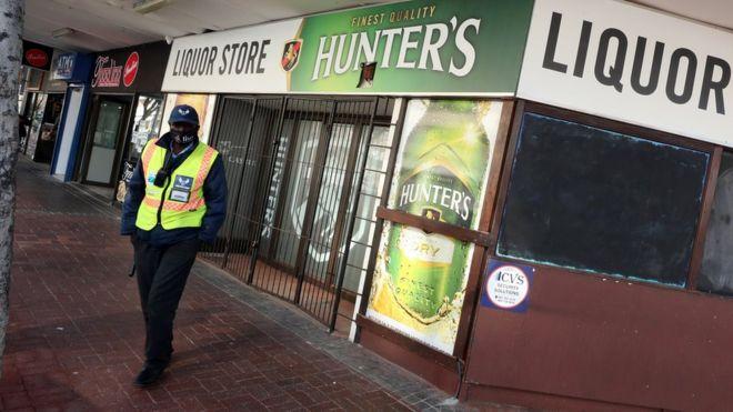 Coronavirus: South Africa crime rate plummets during lockdown