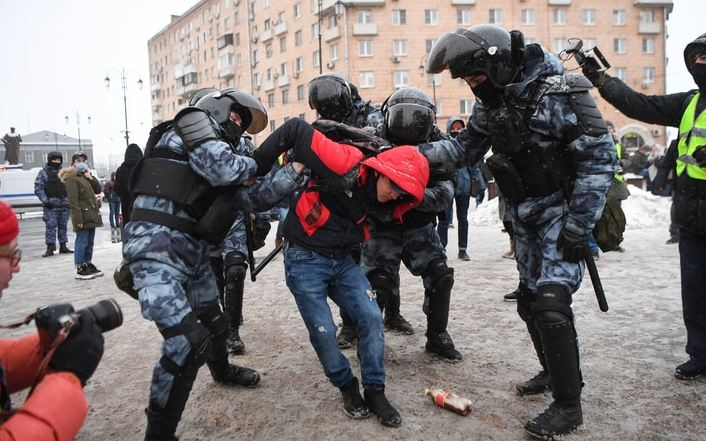 Thousands detained in Russia amid rallies for Alexey Navalny