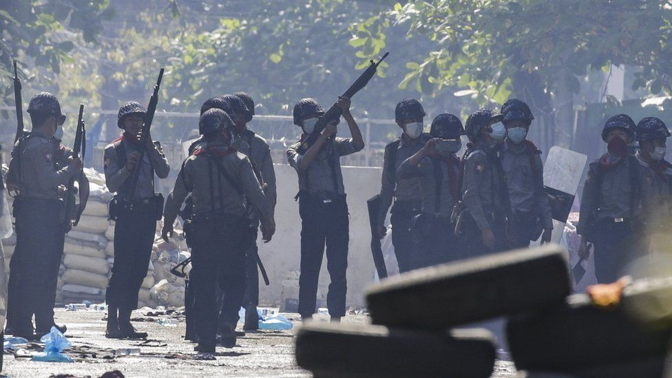 Myanmar coup: Protesters flee after being 'trapped' overnight