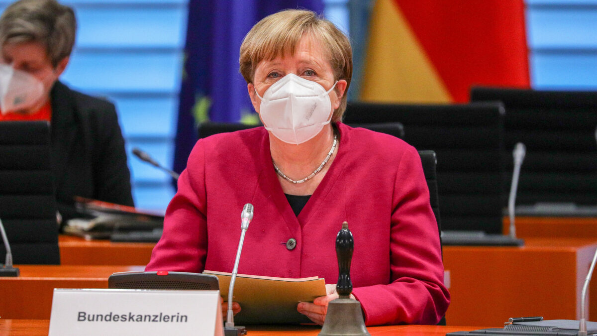 German Chancellor and state premiers to discuss extending Covid-19 lockdown