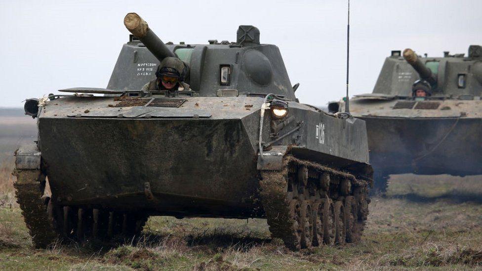 Russian 'troop build-up' near Ukraine alarms Nato